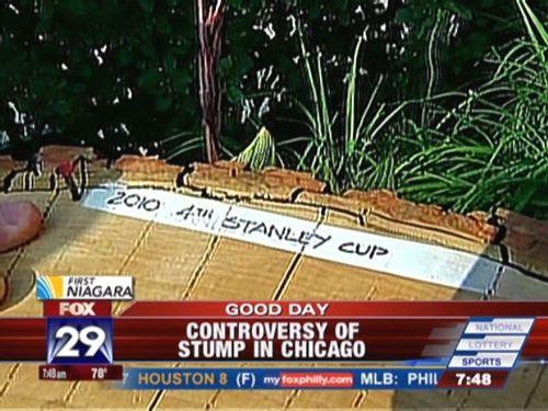 Stump_jinx_chicago_blackhawks_stanley_cup_060210.mov_tmb0004_20100602122753_640_480