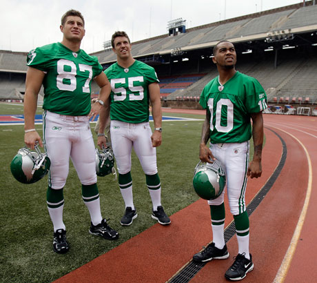 release date: 48351 48862 Eagles 2010 Uniform Round-Up – The 1960 Throwback | Crossing ...
