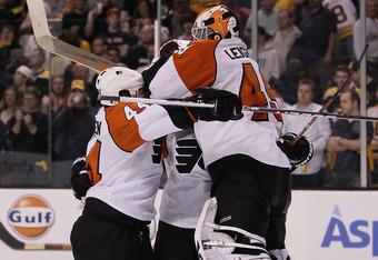 Flyers_bruins_celebrate