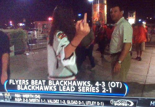 Blackhawks_fan_middle_finger