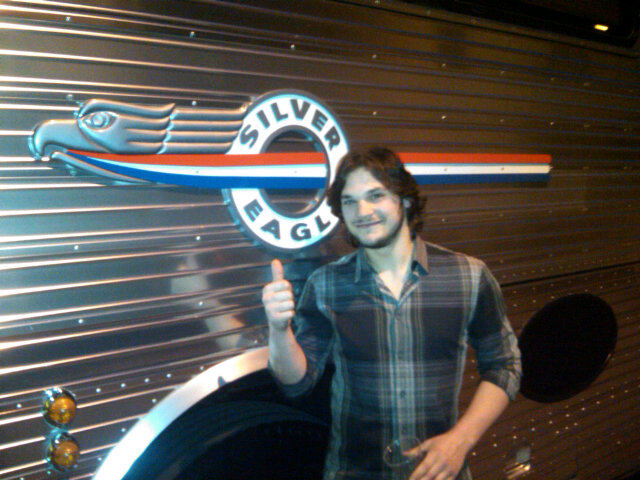 Dan_carcillo_tour_bus