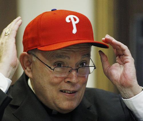 Cardinal_hat