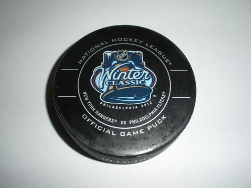 Winter_classic_puck